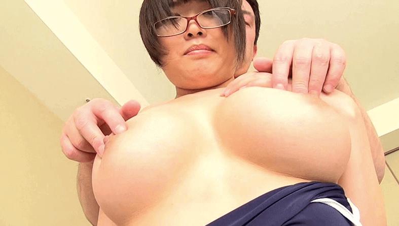眼鏡×競泳水着×くびれボイン 真田美樹1